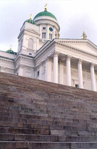 Tuomiokirkko (C.L. Engel, 1818-1852). Unioninkatu 29.