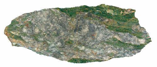 Kittilän Loukisen esiintymän kultamalmia. Kivilaji kromirikas metakomatiitti. Mineraalikoostumus: kvartsi, Fe-dolomiitti, fuksiitti, rikkikiisu. Kultapitoisia kvartsi-dolomiittisuonia. Näytteen halkaisija 12 cm.